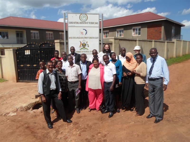 deafnet-beekeeping-project-Uganda2